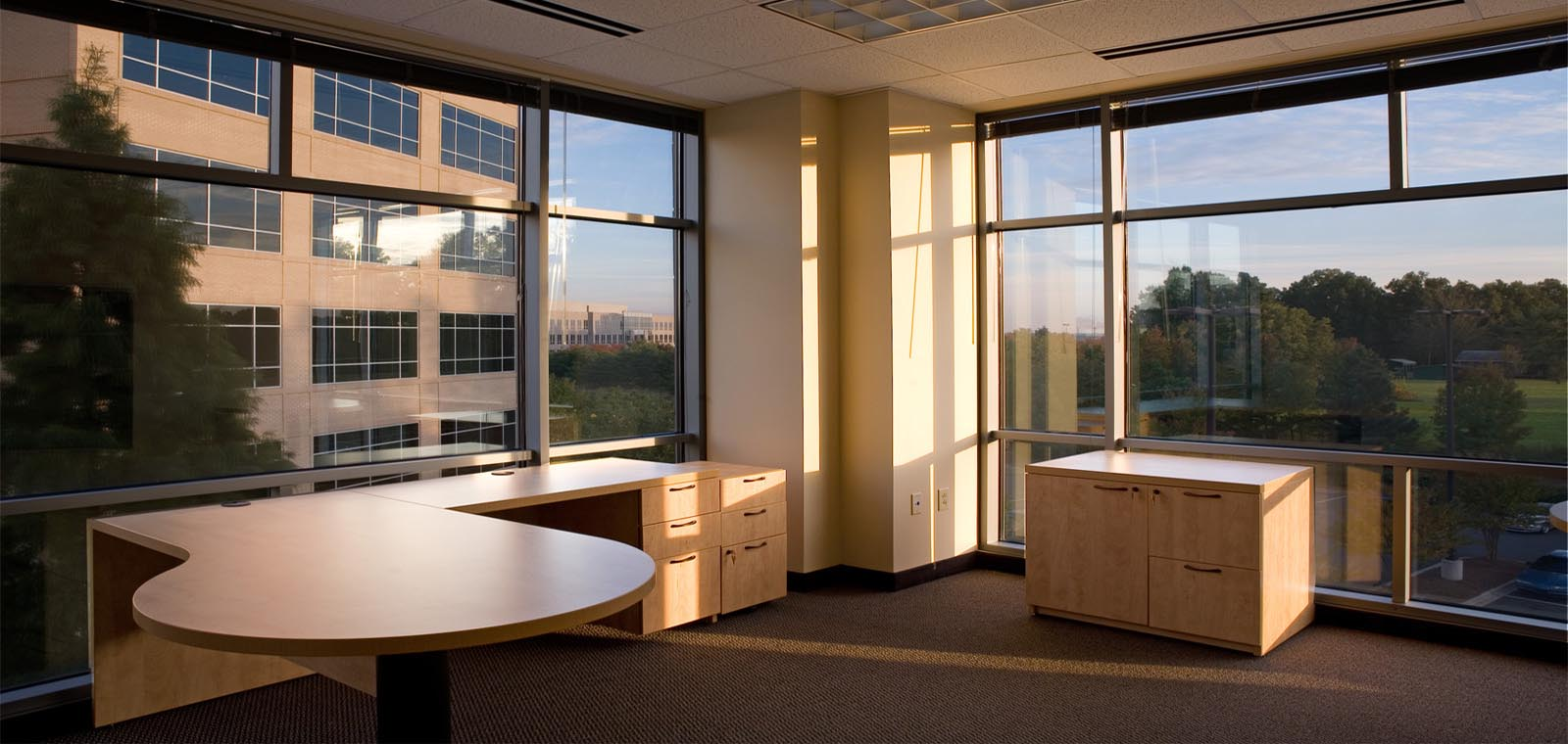 Furnished offices with flexible terms